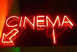 SABIES QUE... a casa teva pots tenir un cinema multisales?
